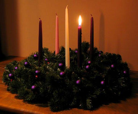 Advent-wreath-first-Sunday