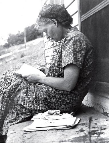 Dorothy Day at prayer
