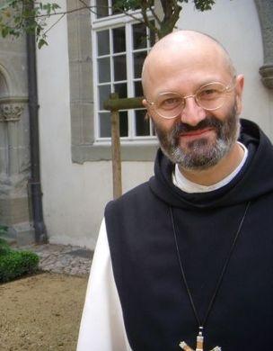Mauro-abbe-general